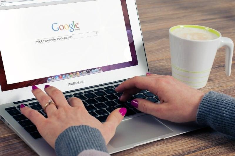 Blogging for fun not profit - google on laptop